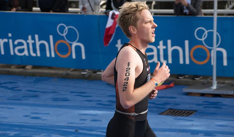 Hans in actie tijdens het WK OD triathlon in Rotterdam